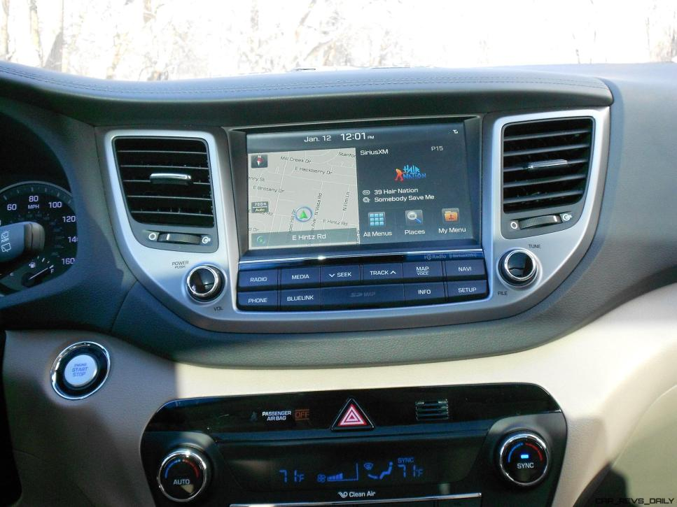 2016 Hyundai Tucson Review - Interior Photos 9