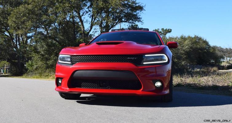 2016 Dodge Charger SRT 392 17