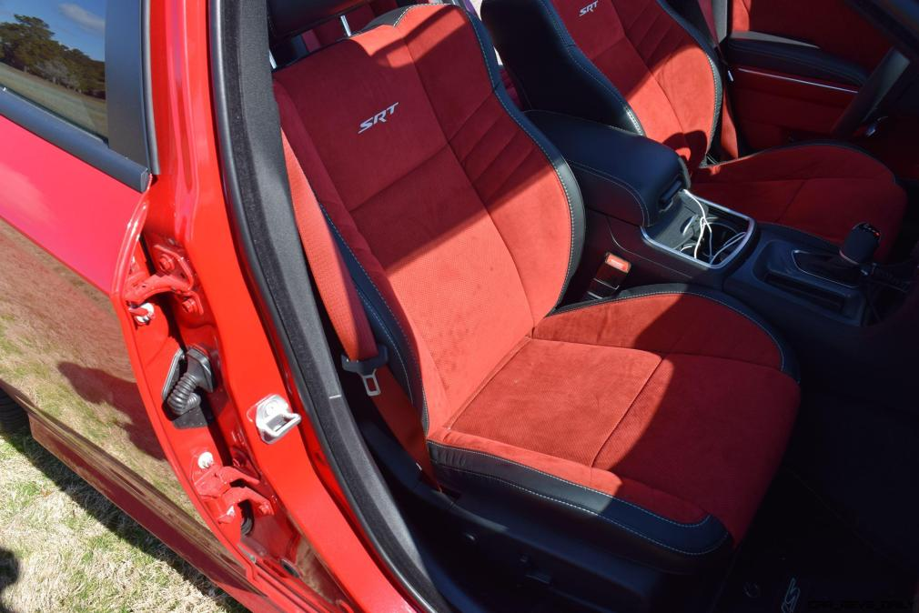 2016 Dodge Charger SRT392 Interior 12
