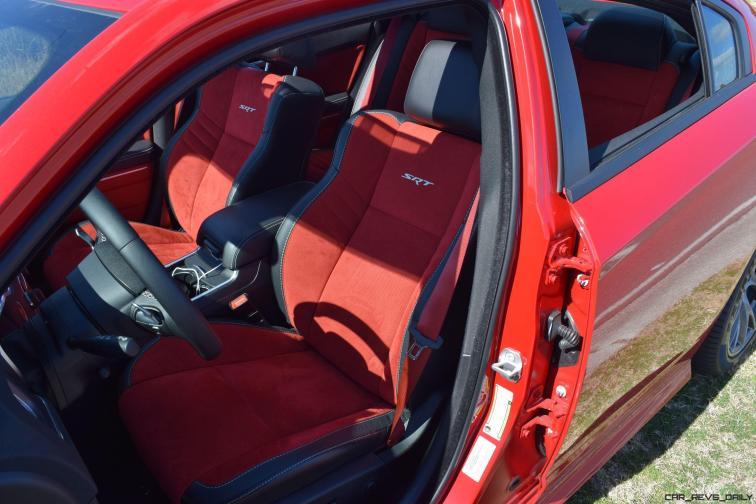 2016 Dodge Charger SRT392 Interior 18