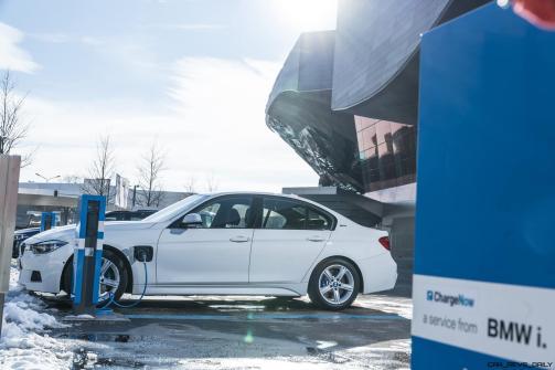 2017 BMW 330e iPerformance 26