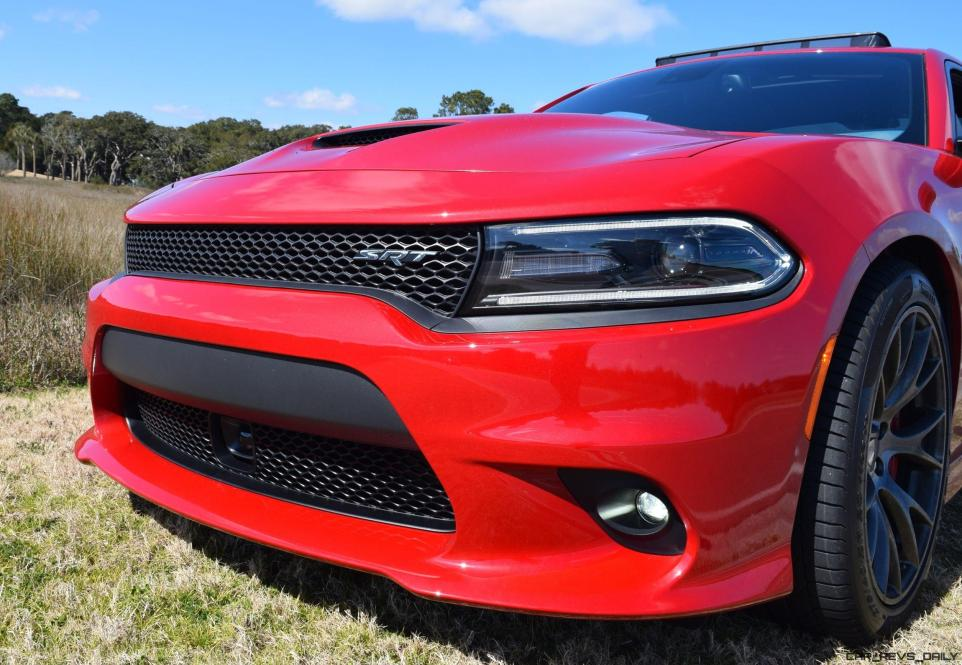 HD Road Test Review - 2016 Dodge Charger SRT392 19