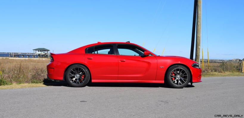 HD Road Test Review - 2016 Dodge Charger SRT392 26