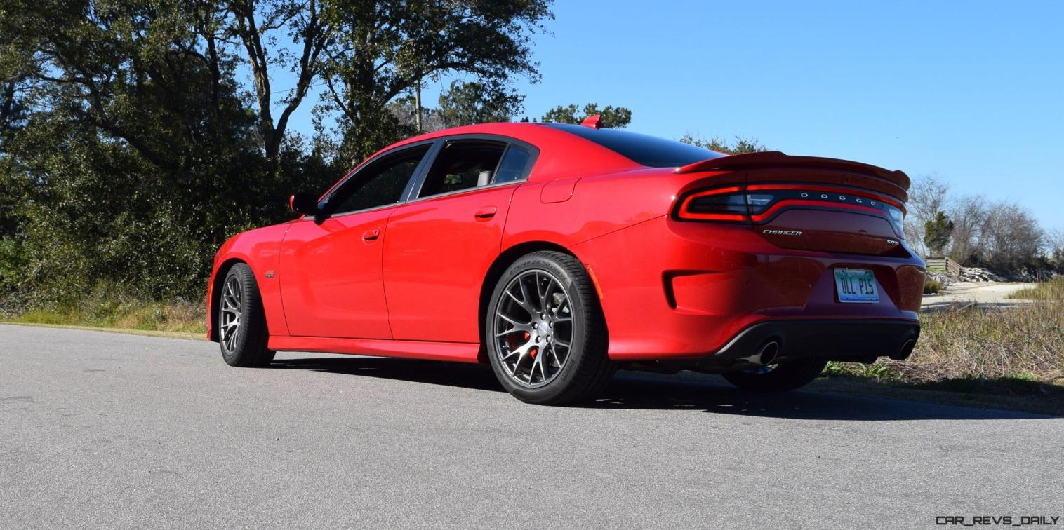 HD Road Test Review - 2016 Dodge Charger SRT392 64