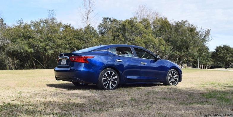 HD Road Test Review - 2016 Nissan Maxima SR 17