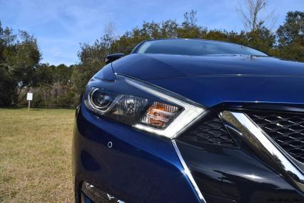 HD Road Test Review - 2016 Nissan Maxima SR 48