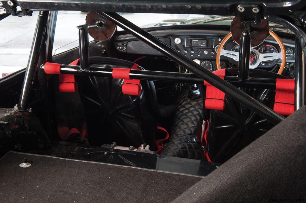 1969 MG MGC GTS Sebring 15