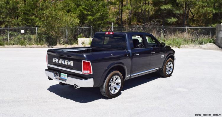 2016 RAM 1500 LIMITED EcoDiesel BLACK 18