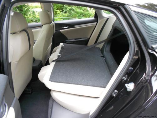 2016 Honda Civic Sedan - Interior 11