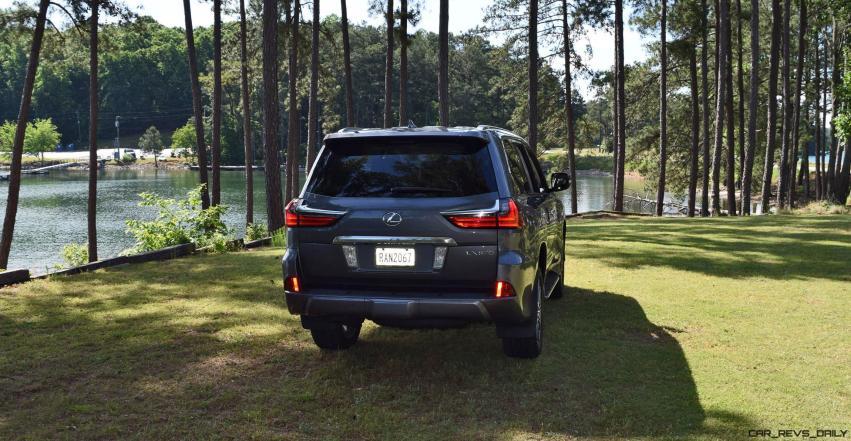 2016 Lexus LX570 - Exterior Photos 60
