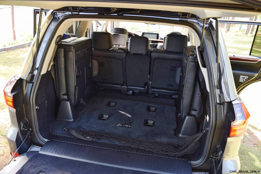 2016 Lexus LX570 Interior Photos 18