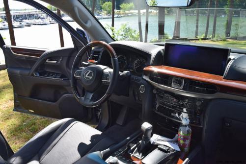 2016 Lexus LX570 Interior Photos 21