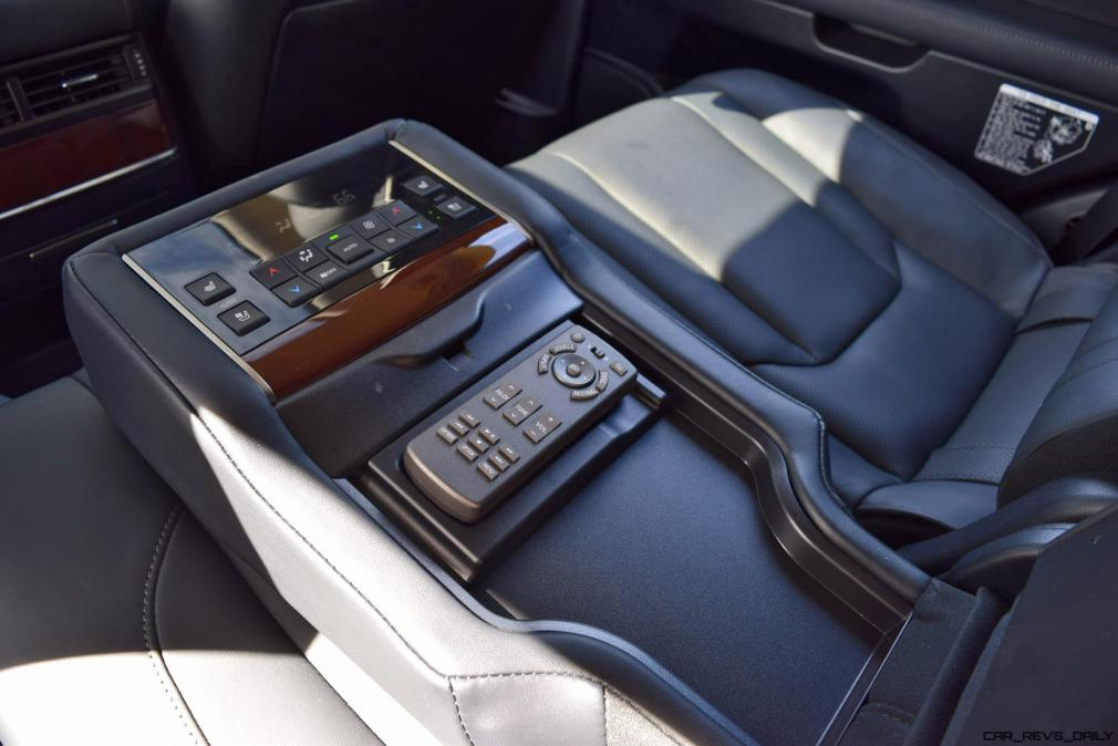 2016 Lexus LX570 Interior Photos 7