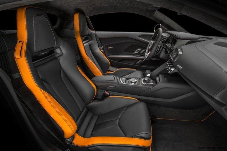 Audi R8 V10 Plus Exclusive Edition (seats)