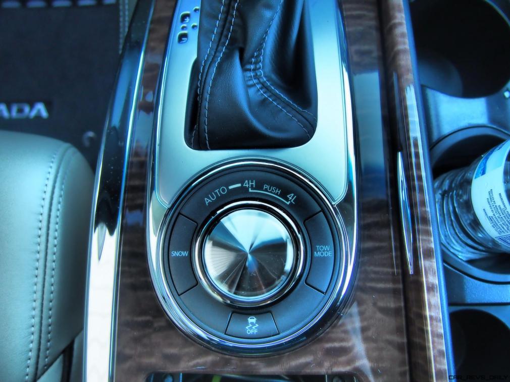 2017 Nissan ARMADA Platinum 38