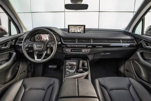 2017 Audi Q7 USA 18