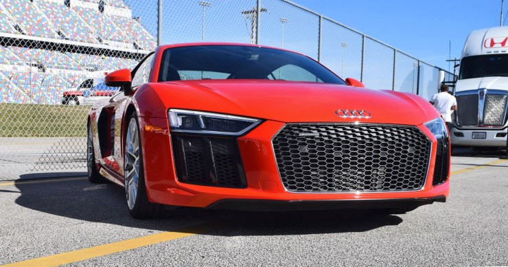 2017 Audi R8 V10 Dynamite Red 25