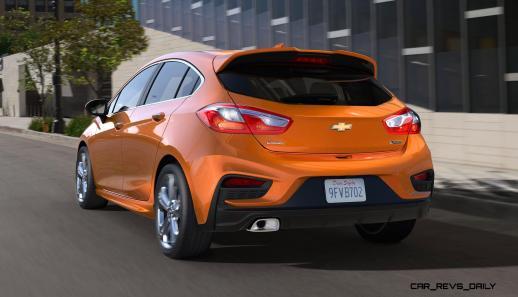2017-Chevrolet-CruzeHatch-003