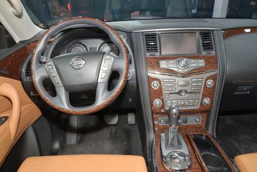 2017 Nissan Armada 16