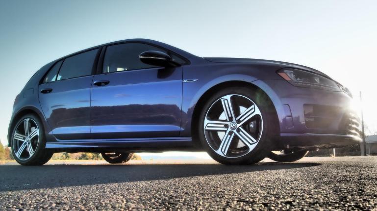 2016 VW Golf R Lapiz Blue by Lyndon Johnson 12