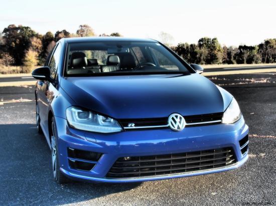 2016 VW Golf R Lapiz Blue by Lyndon Johnson 13