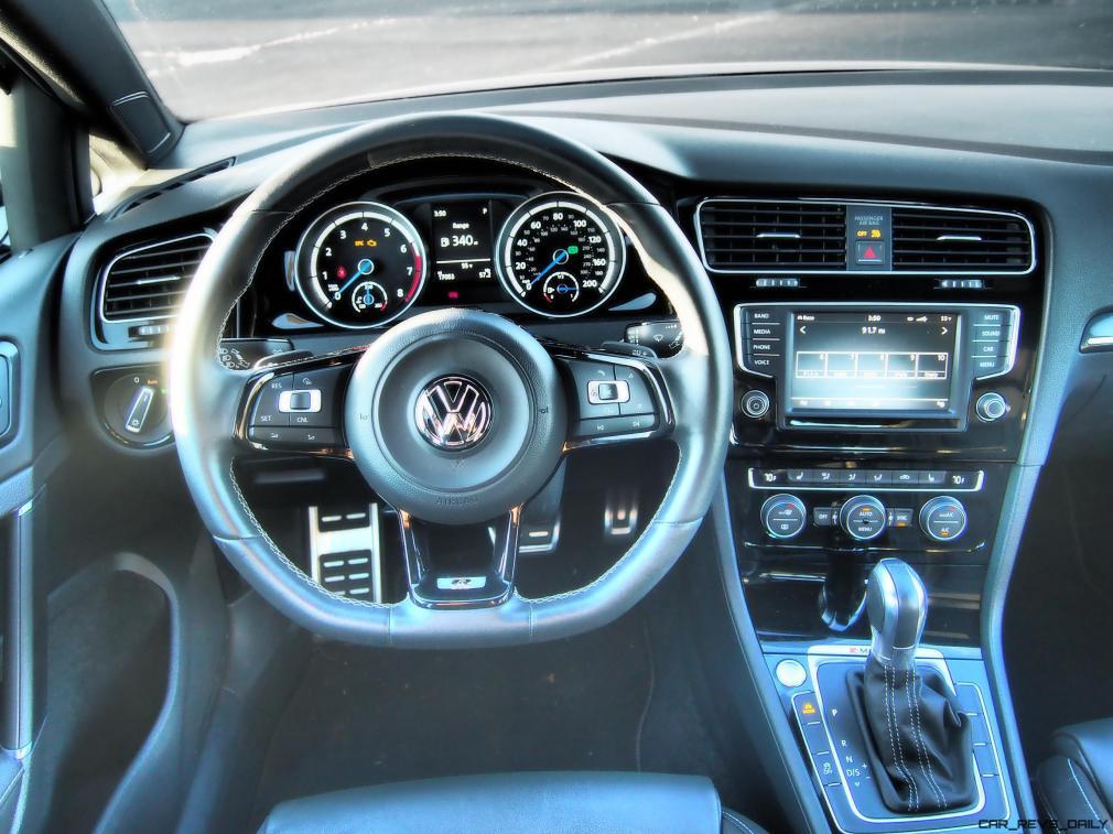 2016 VW Golf R Lapiz Blue by Lyndon Johnson 27