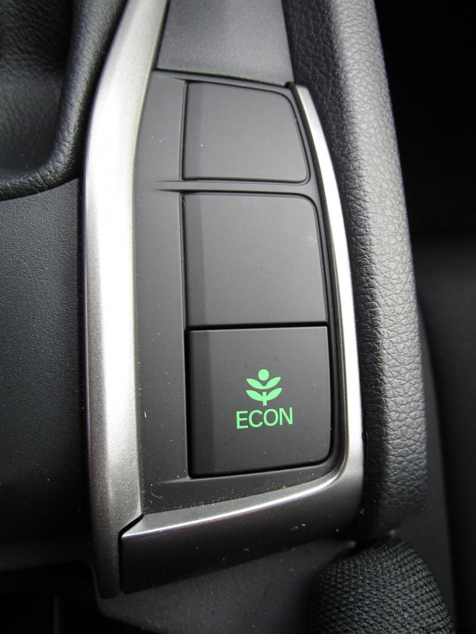 2017 Honda Civic Sport 5-Door INTERIOR PHOTOS 17