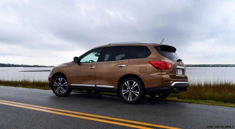 2017 Nissan Pathfinder Platinum 4WD 2