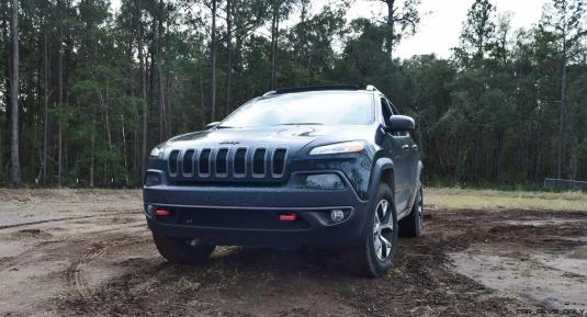 2017 Jeep Cherokee TRAILHAWK 13