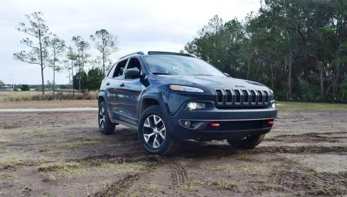 2017 Jeep Cherokee TRAILHAWK 2