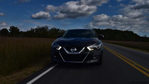 2017 Nissan Maxima SR Midnight Edition 31