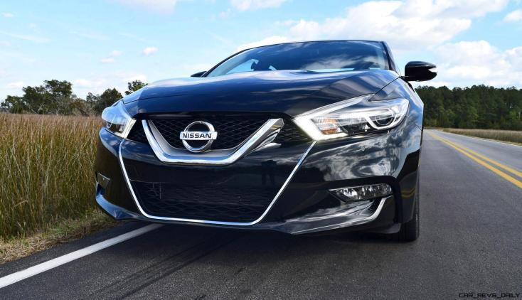 2017 Nissan Maxima SR Midnight Edition 37