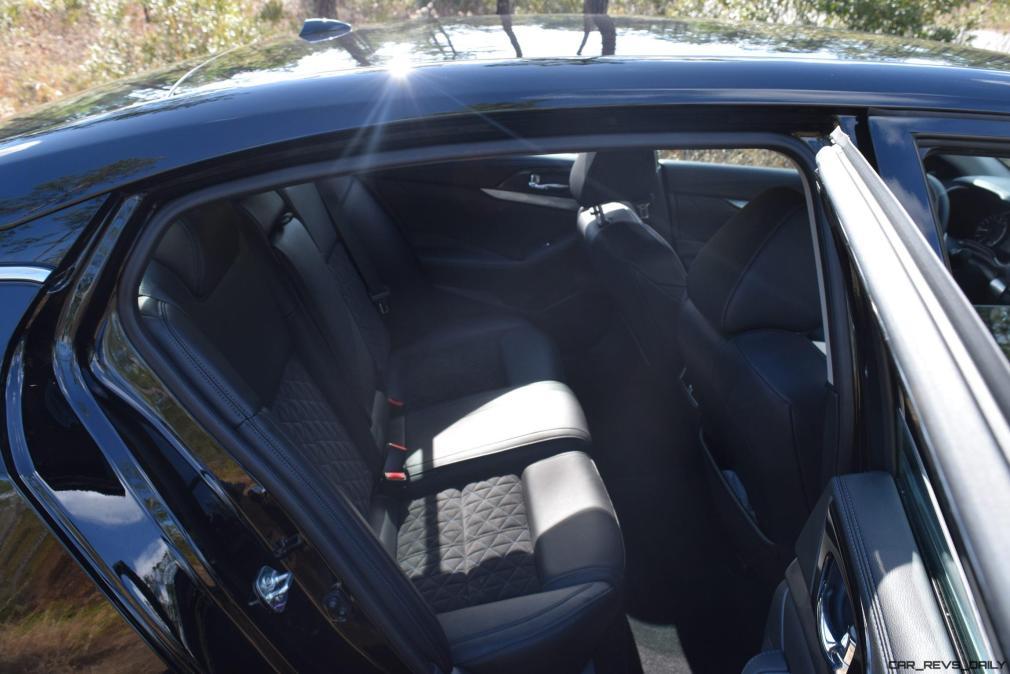 2017 Nissan Maxima SR Midnight Edition - Interior 3