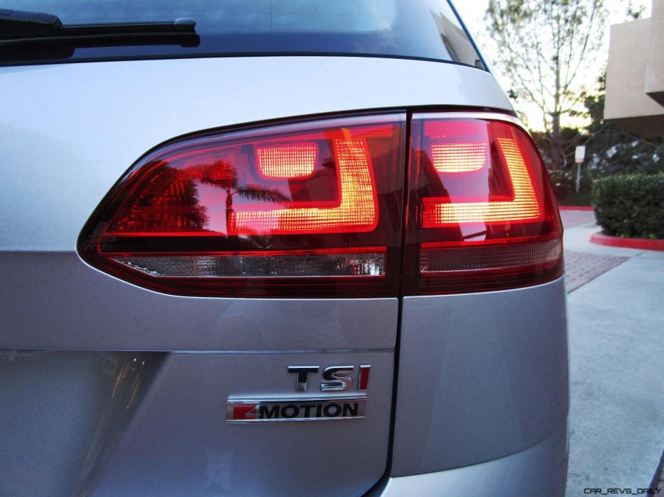 2017 VW Golf SportWagen S 4Motion 13