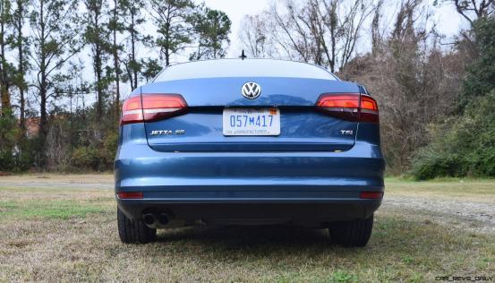2017 VW Jetta 1.4T - HD Road Test Review 20