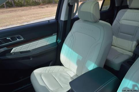 2017 Ford Explorer Platinum - Interior 3