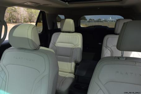 2017 Ford Explorer Platinum - Interior 5