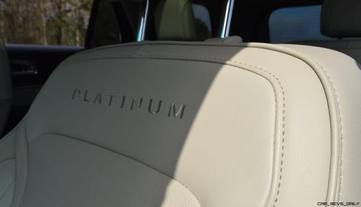 2017 Ford Explorer Platinum - Interior 7