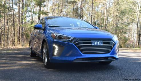 2017 Hyundai Ioniq Hybrid 2