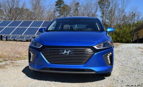 2017 Hyundai Ioniq Hybrid 32