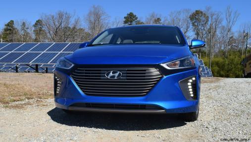 2017 Hyundai Ioniq Hybrid 33