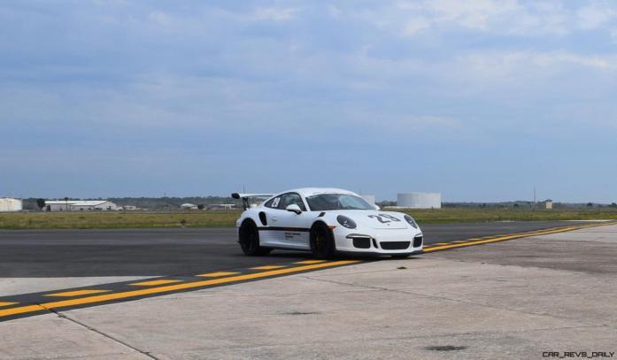 2017 Porsche 911 GT3RS 20