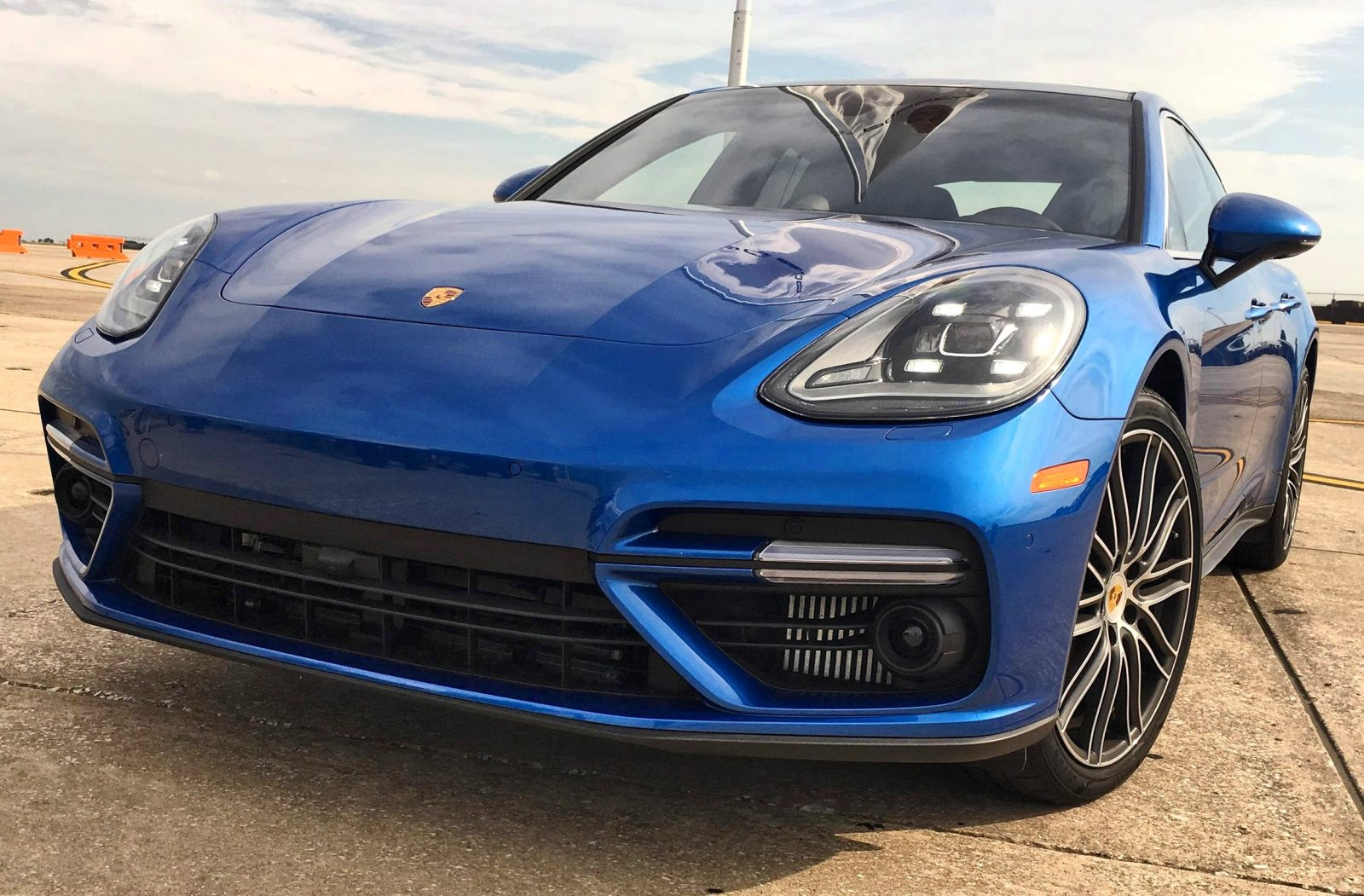 2017 Porsche Panamera TURBO StartupExhaust Video 44