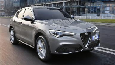 2018 Alfa Romeo STELVIO33