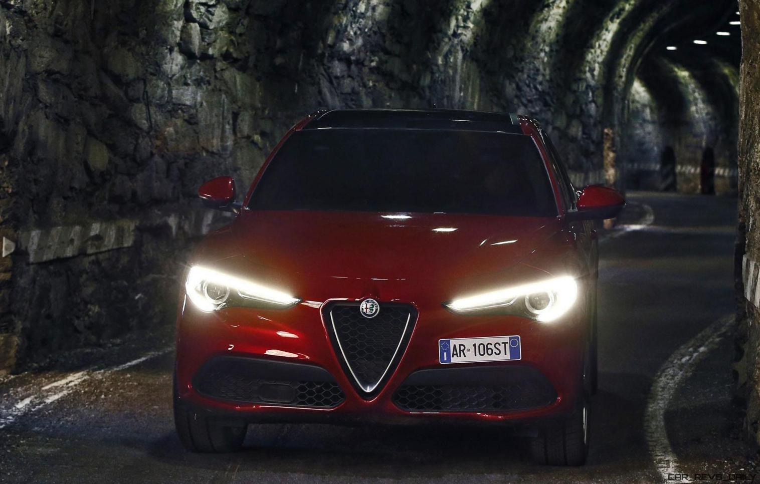 2018 Alfa Romeo STELVIO53