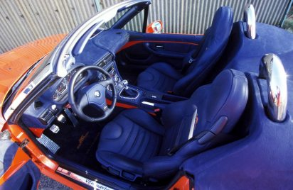 1997_V8_Roadster_02_300