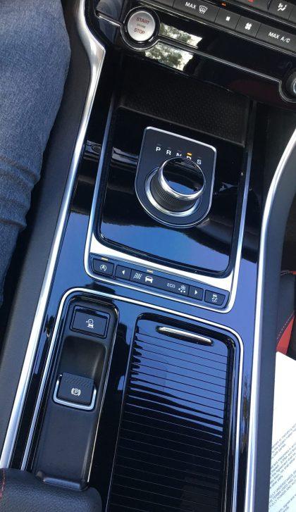 2017 Jaguar XF 35t AWD R-Sport 62