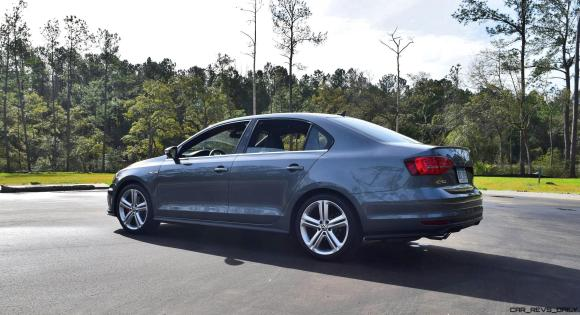 2017 VW Jetta GLI DSG Automatic - HD Road Test Review 14