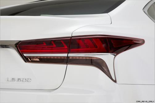 2017_NYIAS_2018_Lexus_LS_500_F_SPORT_010_99970DBF9A81F1B5378E577C49C4077348D6F57B