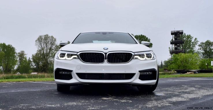 2017 BMW 540i 24